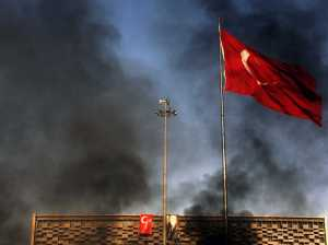turkish-lira-stages-gigantic-turnaround-after-central-bank-announces-emergency-meeting
